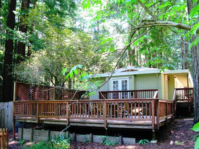 WAGGING WOODS - Image 1 - Russian River - rentals