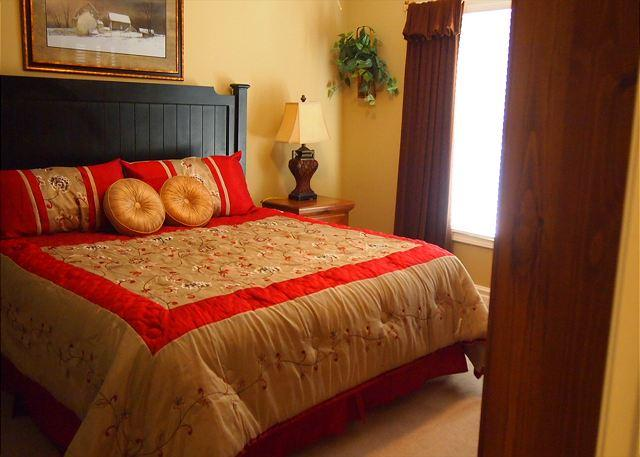 Master Bedroom - Baskins Creek 212 - Gatlinburg - rentals