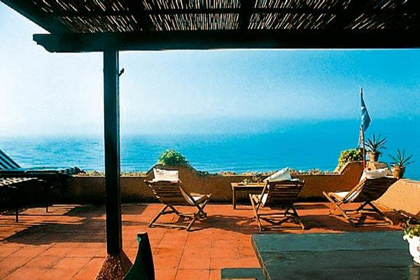 Beachfront villa near Sperlonga and Gaeta. HII DUN - Image 1 - Lazio - rentals