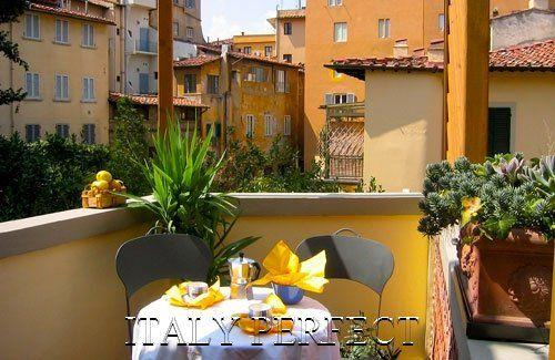 Ponte Vecchio Charm-Great Reviews-Terrace-Casetta - Image 1 - Florence - rentals