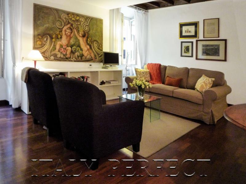 Perfect Spanish Steps-Darling Decor-A/C-WiFi-Bellina - Image 1 - Rome - rentals