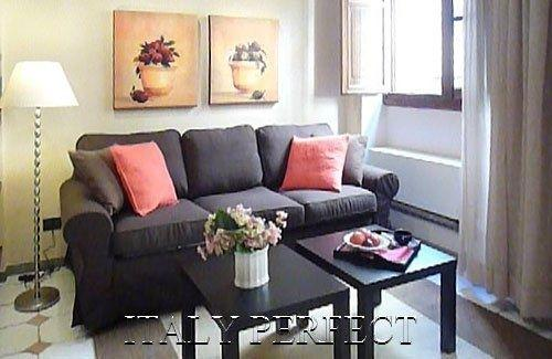 Perfect Ponte Vecchio Apt-Romantic-Central-Jacopo - Image 1 - Florence - rentals
