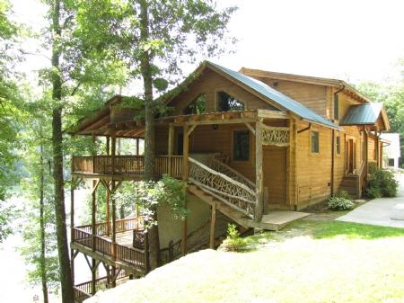 Exterior - First Pryority - Cullowhee - rentals