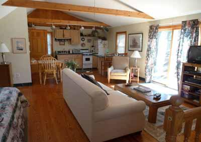 1051 - LOVELY NOOK IN HIGHLY SOUGHT AFTER LOCATION - Image 1 - Edgartown - rentals