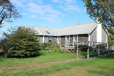 1435 - SHADES OF OLD CHAPPAQUIDDICK STYLE WITH WATERVIEWS OF THE SOUND - Image 1 - Chappaquiddick - rentals