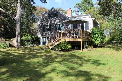 297 - VINEYARD CAPE LOCATED IN A TRANQUIL SETTING CLOSE TO STATE BEACH - Image 1 - Edgartown - rentals