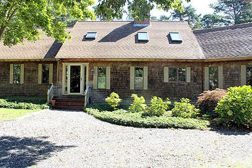 809 - WONDERFUL,SPACIOUS, LOVINGLY MAINTAINED HOME IN SENGEKONTACKET AREA - Image 1 - Oak Bluffs - rentals