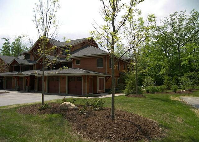 Outside - South Peak 1H - Managed by Loon Reservation Service - Lincoln - rentals