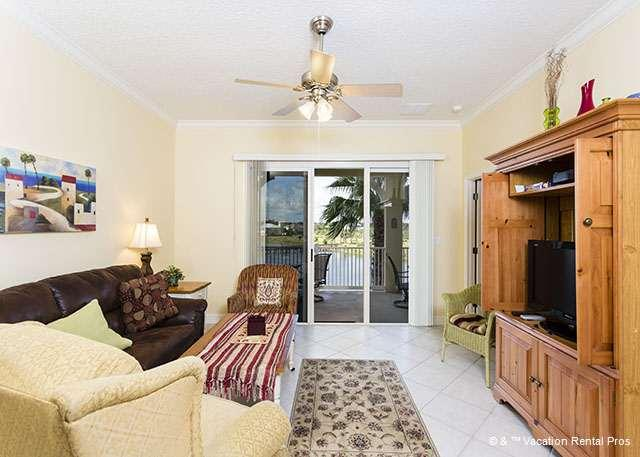 The lovely lake views follow you inside from the balcony! - 1033 Cinnamon Beach VRBO, new HDTV, Newly Painted, 2 pools, wifi - Palm Coast - rentals