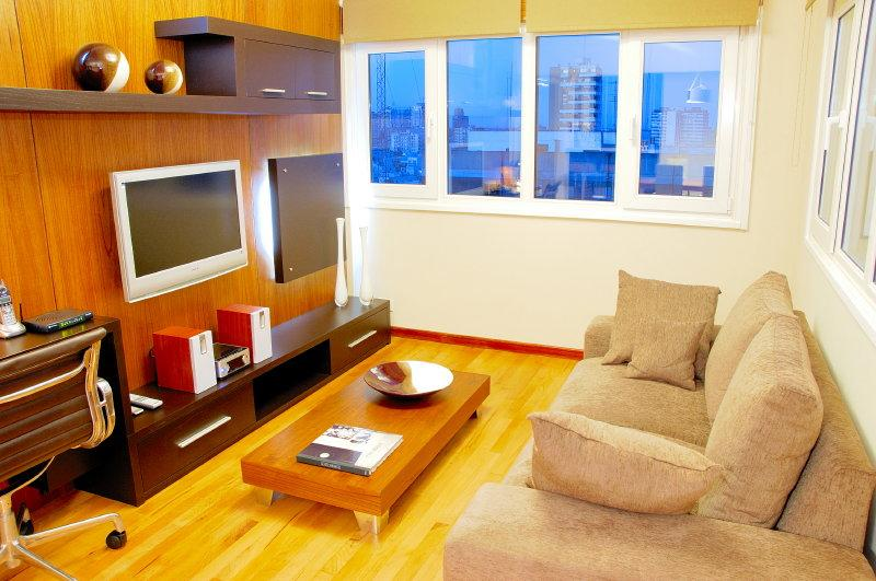 ULTRA LUXURY 2 BED/ 2 BATH (AM11) 3 LCD TV'S & AMAZING CITY VIEWS!! - Image 1 - Buenos Aires - rentals