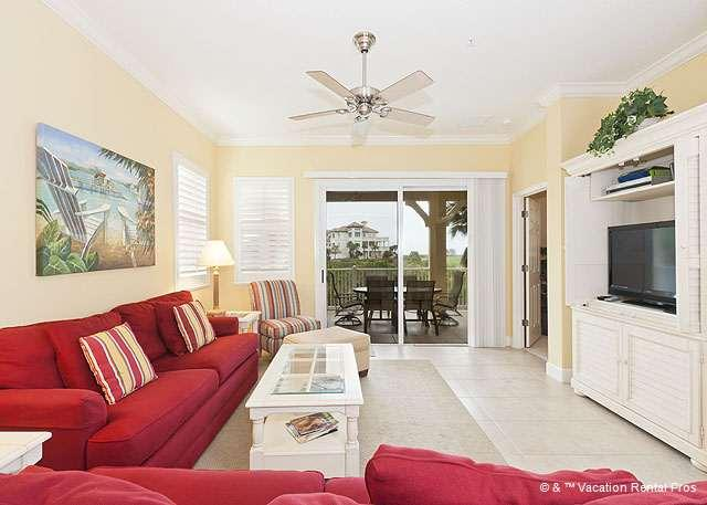 "Cinnamon Beach 321 comfortably sleeps 8 people - 321 Cinnamon Beach Ocean View Corner Unit, 2 Pools, new 42"" HDTV - Palm Coast - rentals"