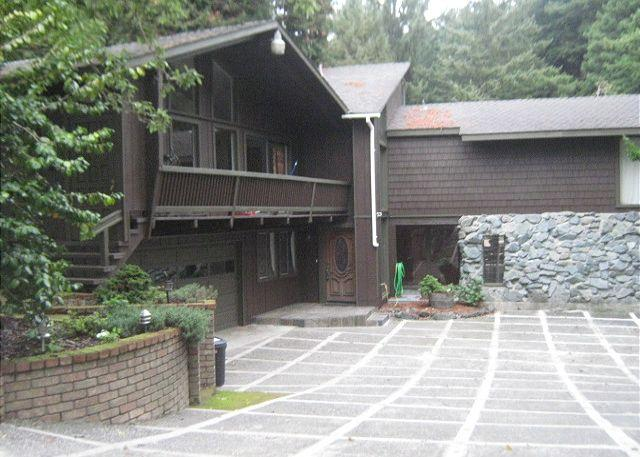 Large driveway down to home.  Deck, etc, on other side - Paloma Creek Lodge @ the Beach - Secluded, Beach trail, Decks, Pool Room - Trinidad - rentals