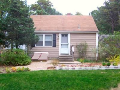 Bessies Cottage - Lower priced alternative - Image 1 - South Wellfleet - rentals