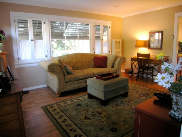 Living Room - Charming Hillside Cabin below the Hollywood Sign - Hollywood - rentals