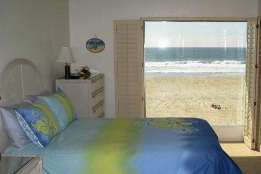 Master Bedroom - Ocean Front Vacation condo  Mission Beach SAN - Mission Beach - rentals