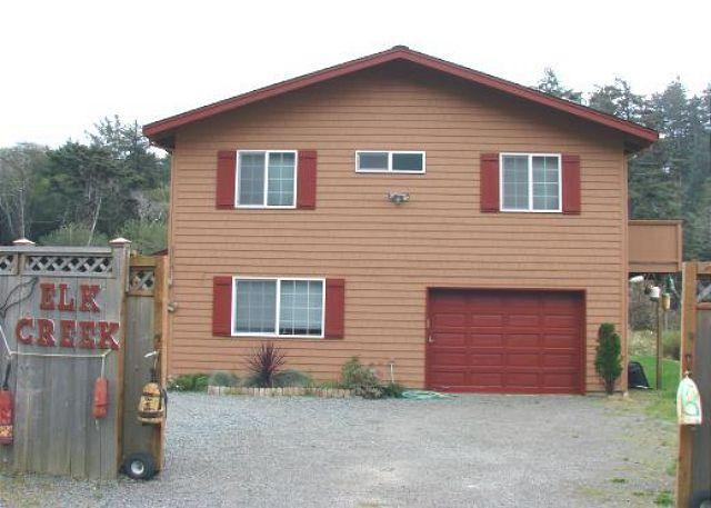 Street Side - ELK CREEK - Neahkahnie Beach - rentals