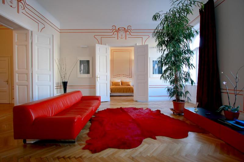 Living  - Erzsebet Royal Suite, Jugendstil, 135 sqm, WiFi AC - Budapest - rentals