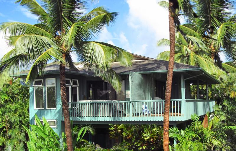 Welcome to the Seabreeze! - Spacious 2 Bedrooms with A/C-Walk To A Sandy Beach - Poipu - rentals