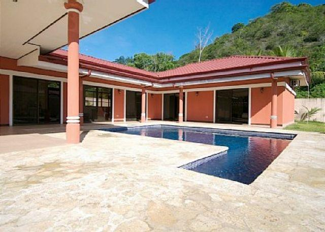 House and pool seen from Garden - Villa outside Jaco in tranquil setting, private pool, garden, rainforest view - Jaco - rentals