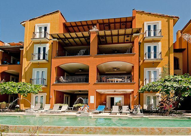 Pool - Lovely beachfront condo- internet, a/c, patio, shared pool, cable - Tamarindo - rentals
