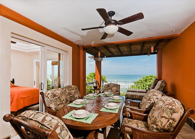 Balcony - Elegant beachfront penthouse- oceanview from 2 balconies, a/c, pool, internet - Tamarindo - rentals