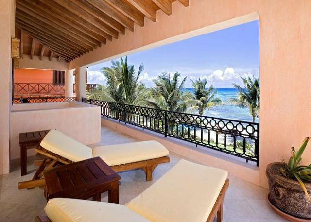 Villa Palmilla the elegance and good taste, blended with the beautiful ocean - Image 1 - Akumal - rentals