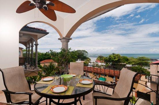 Penthouse with Magnificent Ocean Views in Tamarindo - Image 1 - Tamarindo - rentals