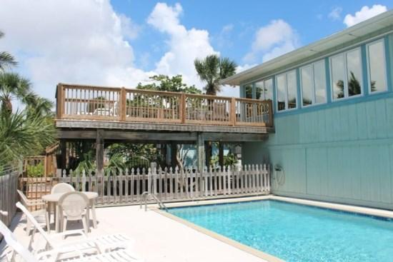 Nice High Decks overlooking the Gulf - Heron Duplex with Amazing Views of the Gulf and Heated Pool -  Heron Duplex - Fort Myers Beach - rentals