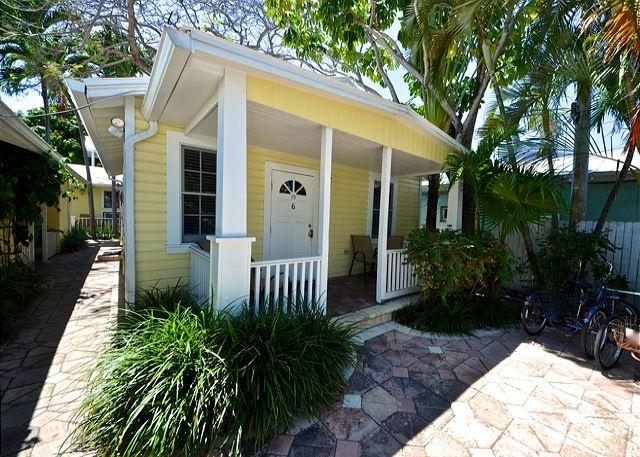 This Historic Free-Standing One Bedroom Cottage Features All of the Comforts of Home - Audubon House - Nightly - Key West - rentals