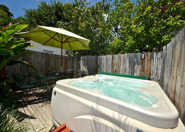 Private Hot Tub and Deck Area With Patio Furniture - Leeward Isle - Nightly - Key West - rentals