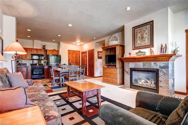 Amazing Condo with 1 Bedroom, 1 Bathroom in Breckenridge (Main Street Station #2305 (M2305)) - Image 1 - Breckenridge - rentals