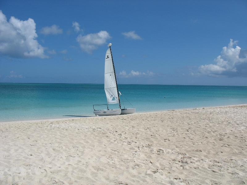 Complimentary use of hobie cats, kayaks, stand-up paddle boards & snorkel gear - Queen Ann Suite  1BR. Ocean-view  Royal West Indies - Grace Bay - rentals