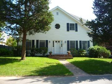 93 - Come and Enjoy Your Vineyard Vacation in this Wonderful Edgartown Home - Image 1 - Edgartown - rentals
