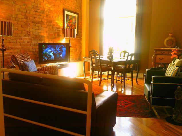 Centro Main Area - PRIME LOCATION! Beautifully Restored Downtown Apts - Montreal - rentals