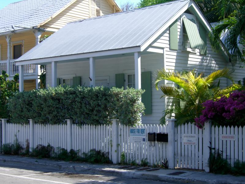 View of The Turtle House from Thomas Steet - OLD TOWN  KEY WEST -  Historic & Charming - Turtle - Key West - rentals