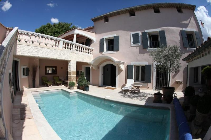 House and pool - La Saga - A beautifully converted 18th C. barn - Pernes-les-Fontaines - rentals
