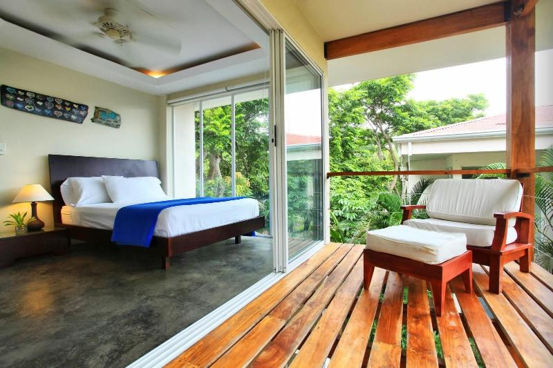Bedroom 2 and Balcony - Modern Beach Villas A/C Playa Hermosa, - Santa Teresa - rentals