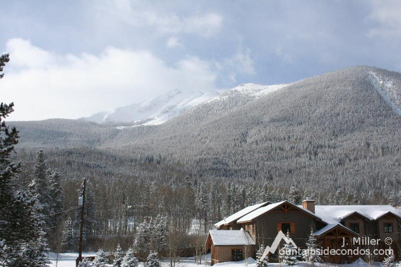 View from the deck - The Sarenne - MountainSide condo - Frisco - rentals