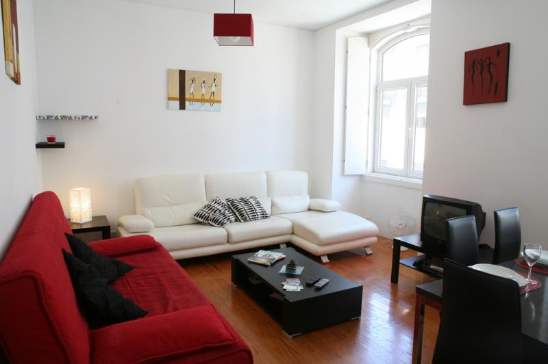 Apartment in Lisbon 117a - Baixa - managed by travelingtolisbon - Image 1 - Lisbon - rentals