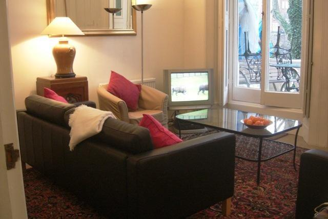 Kensington Earls Court Square - 2 bedroom (69) - Image 1 - London - rentals