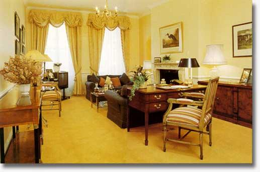 Mayfair - 3 Bedroom 2 Bathroom (130) - Image 1 - London - rentals