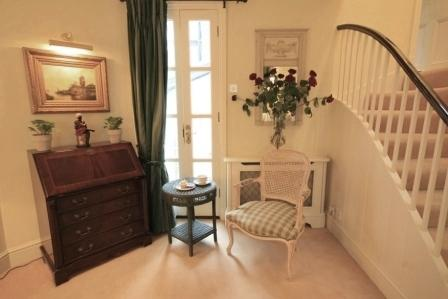 Living%20room%20area - South Kensington Mews House - 2 bed NON-SMOKING (1211) - London - rentals