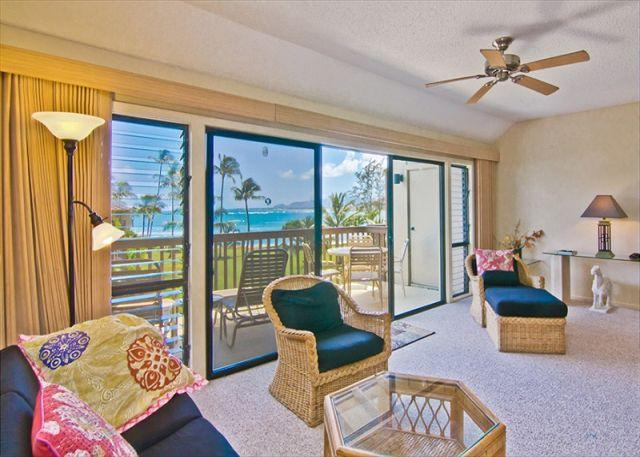 Lush beachfront property + Ocean Views - Image 1 - Kapaa - rentals