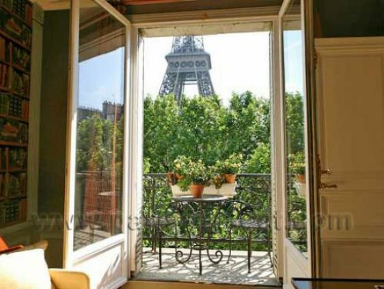Eiffel Tower view from the living room and den balcony - Spectacular Direct Eiffel Viewl! - Paris - rentals