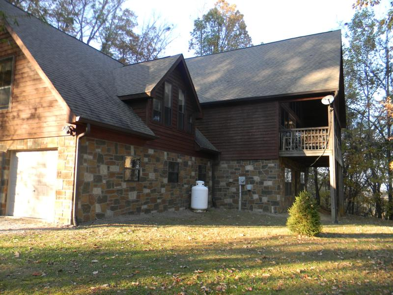 2 miles to Dollywood - Image 1 - Sevierville - rentals