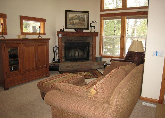 Luxury Aspen Village Condo with Sports Center Amenities - Image 1 - McCall - rentals