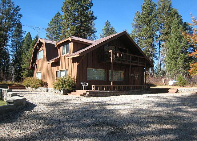 Secluded Payette River Estate home with large yard and private hot tub. - Image 1 - McCall - rentals