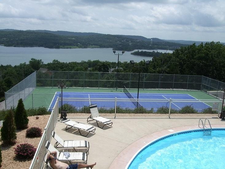 The Club at Emerald Pointe - Walk-in/King Beds/Pool/Marina/Avail Aug 10-12 - Branson - rentals