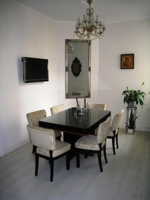 dinning area - Amazing 3 bedroom/3 bathroom in Lacplesa str. - Riga - rentals