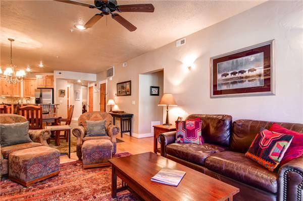 TOWN POINTE B204:  Walk to Town Lift! - Image 1 - Park City - rentals